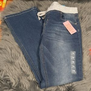 Justice girls 16 regular Jean's new with tag